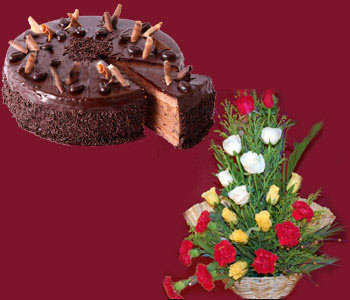 I-kg-chocolate-cake-with-25-yellow-_-red-roses-basket